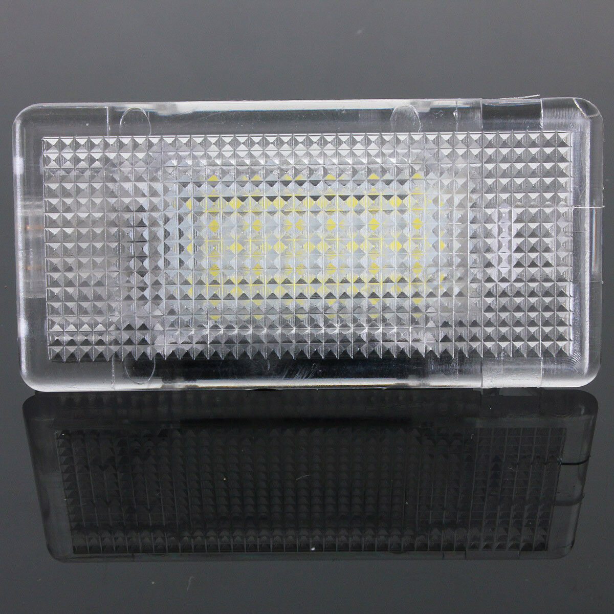 LED-Footwell-Luggage-Trunk-Boot-Interior-Light-Canbus-for-BMW-1-3-5-6-7-X-Series thumbnail 2