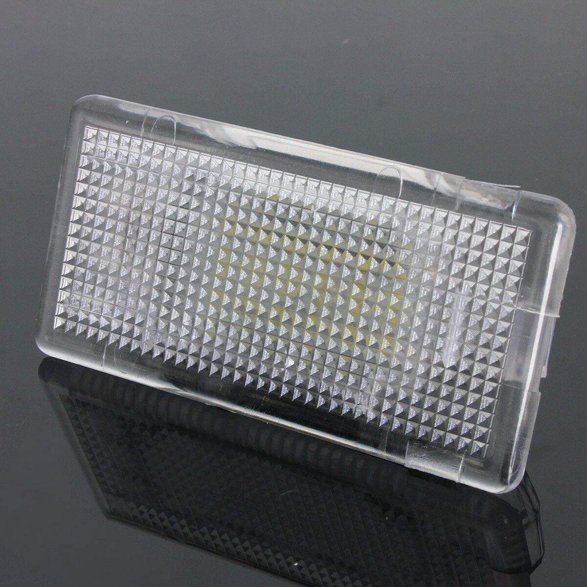 LED-Footwell-Luggage-Trunk-Boot-Interior-Light-Canbus-for-BMW-1-3-5-6-7-X-Series thumbnail 3